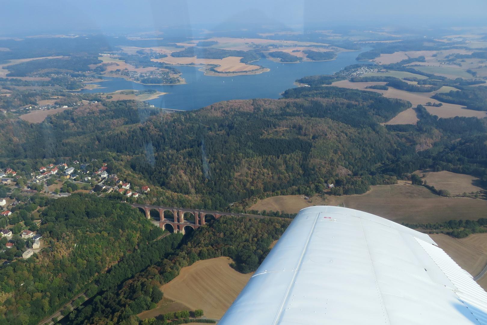 Elstertalbrücke und Talsperre Pöhl