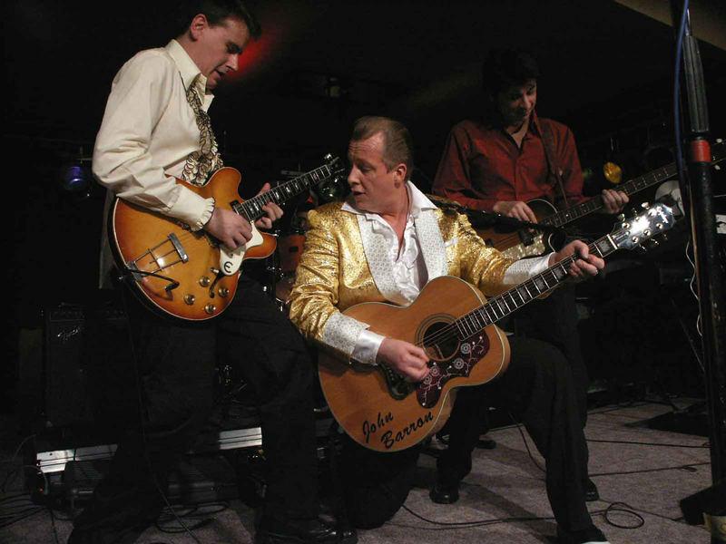 Elvis hätte seine Freude an diesem Auftritt gehabt!