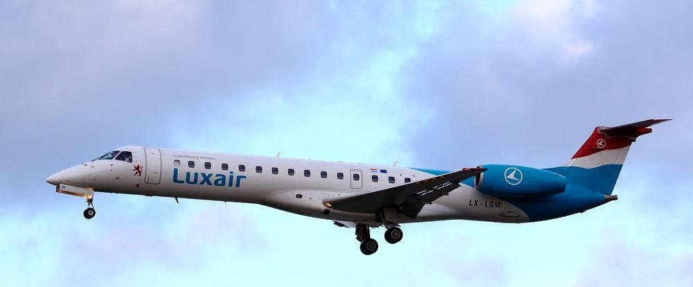 Embraer ERJ-145LU