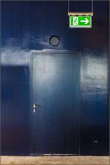 _emergency exit