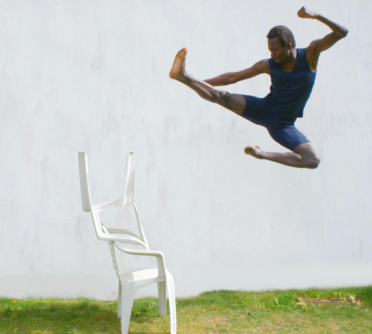 Emmanuel Buriez coup de pied volant