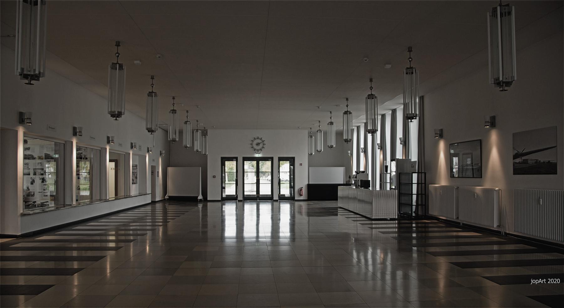 Empfangshalle Flughafen Butzweilerhof...