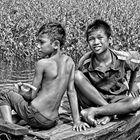 en barque sur le Tonle Sap