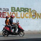 En cada barrio revolución!
