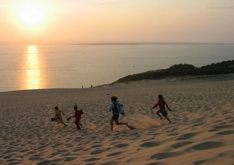 En descendant la dune