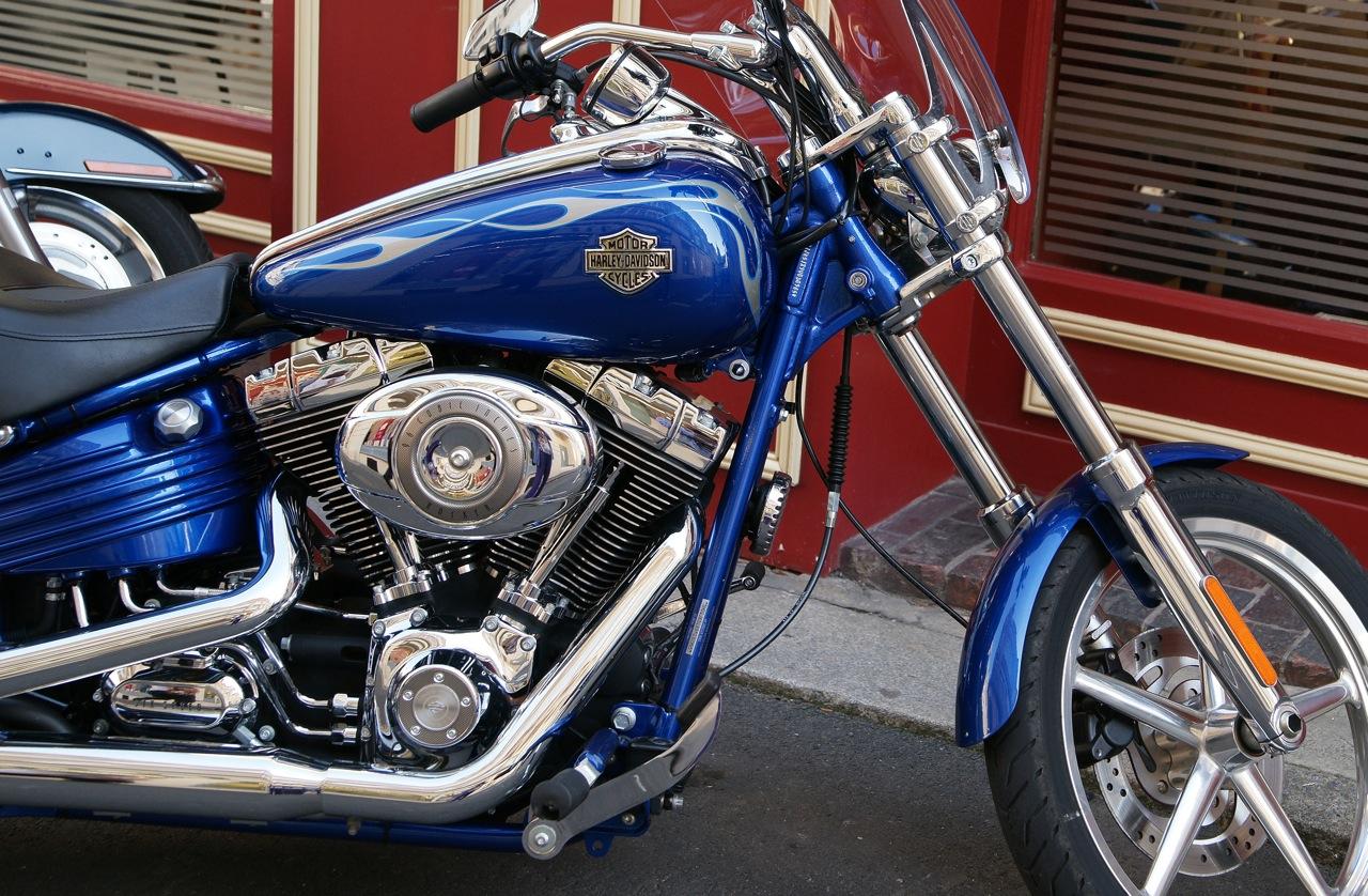 En Harley Davidson ...