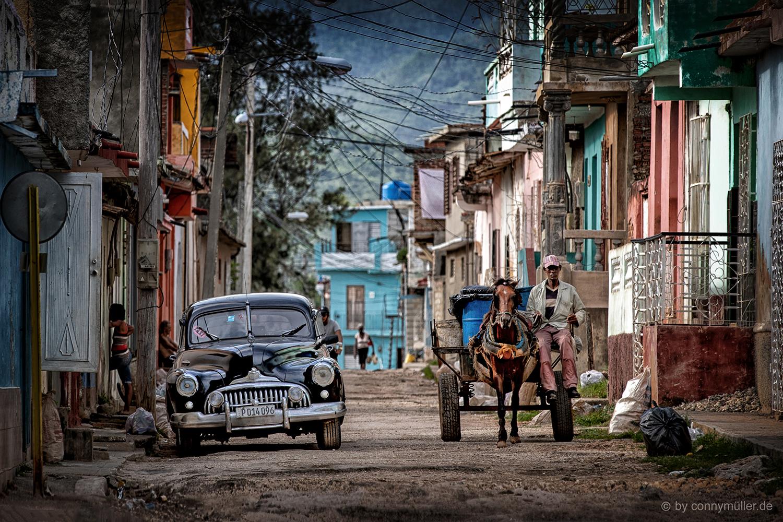 En La Calle Cruz Verde Foto Bild Kuba Straßenszene Trinidad