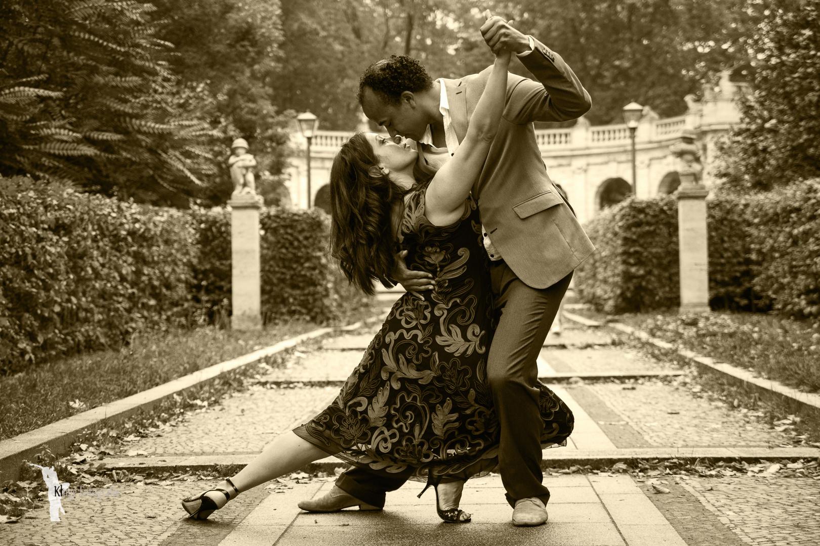 ....en un beso la vida...