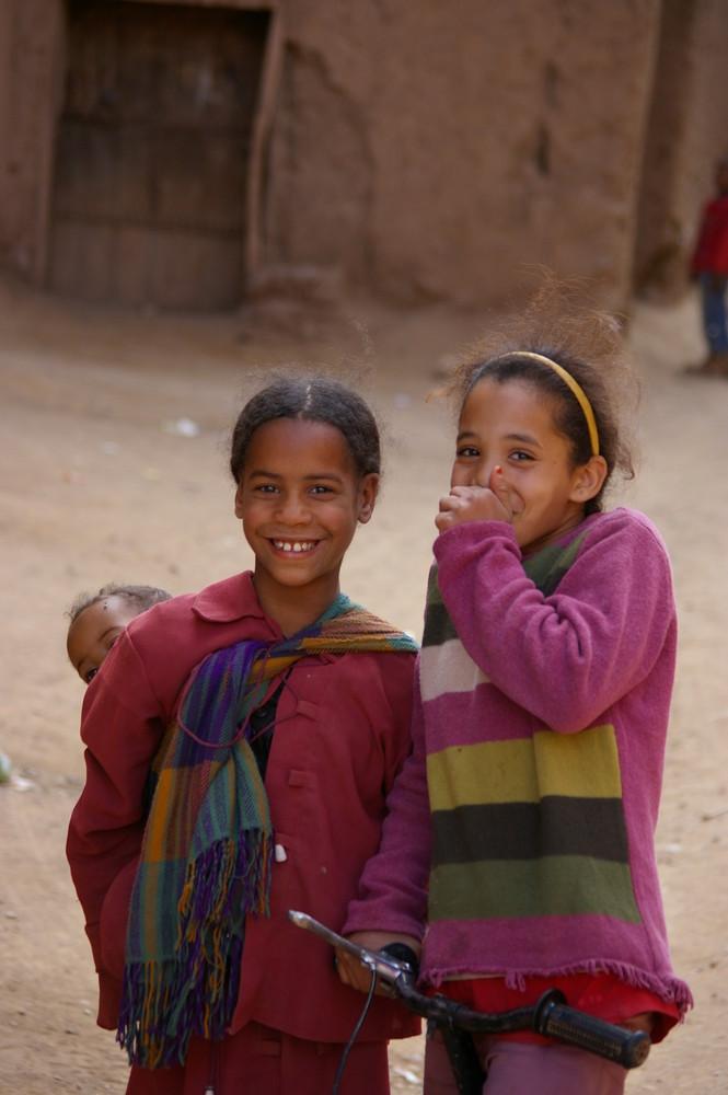 Enfants de la medina de Agdez