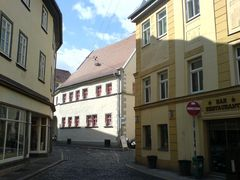 enge Straße in Weimar