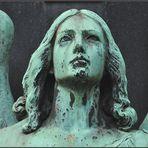 Engel auf Melatenfriedhof 2
