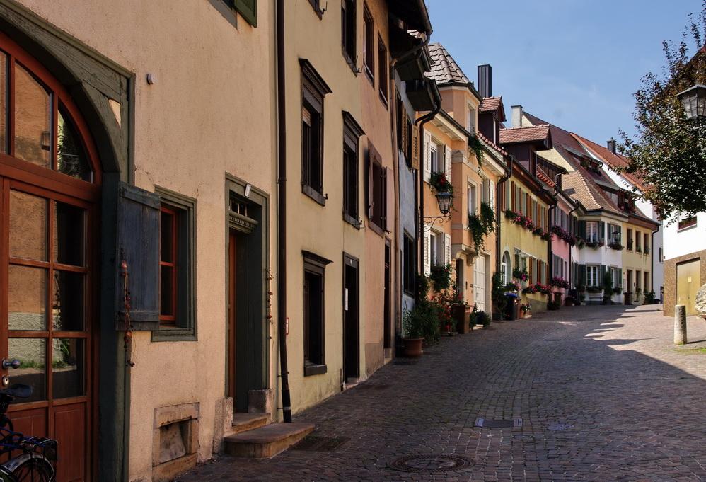 Engen, Häuserzeile in der Altstadt