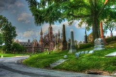 Enter to Green-Wood Cemetery