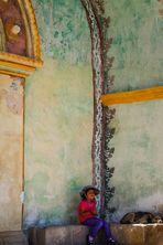Entrada de la iglesia de Maca, Perú
