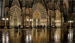 """""""entrée cathédrale de Cologne"""""""
