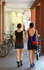 Entweder zu Fuß oder per Fahrrad, mal wieder etwas Reportage !....(1208)