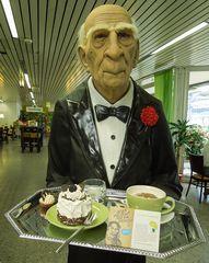 Er erinnerte sich an letzte Weihnachten und brachte mir den Kaffee..#1.619##