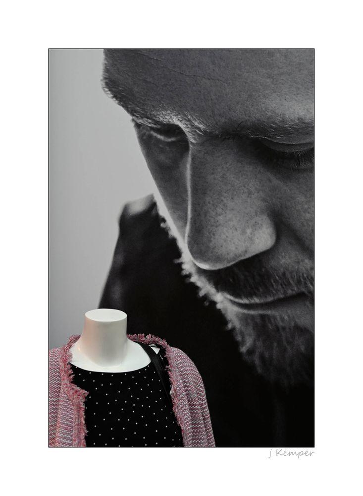 - er hat den richtigen Riecher für Mode -