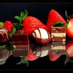 Erdbeeren und Pralinen