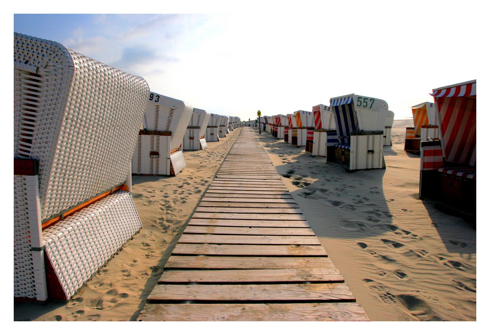 - Erde - Europa - Nordsee - Baltrum - Strandkorbparade