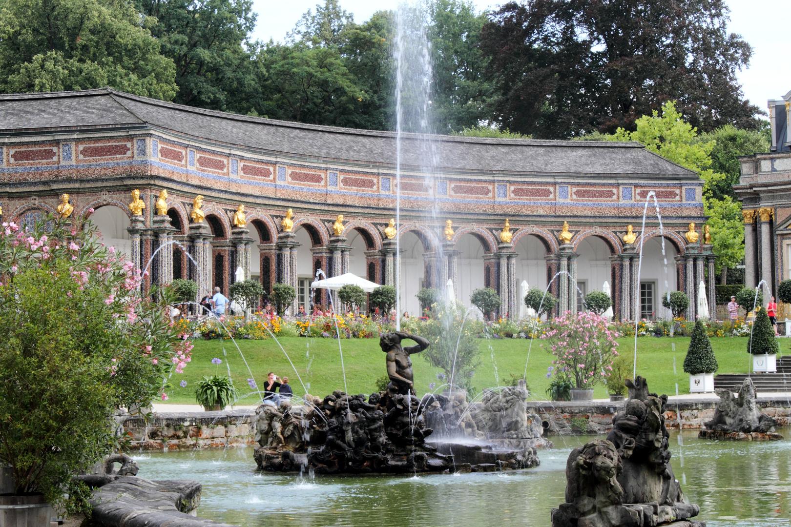 Eremitage Bayreuth mit Springbrunnen 2