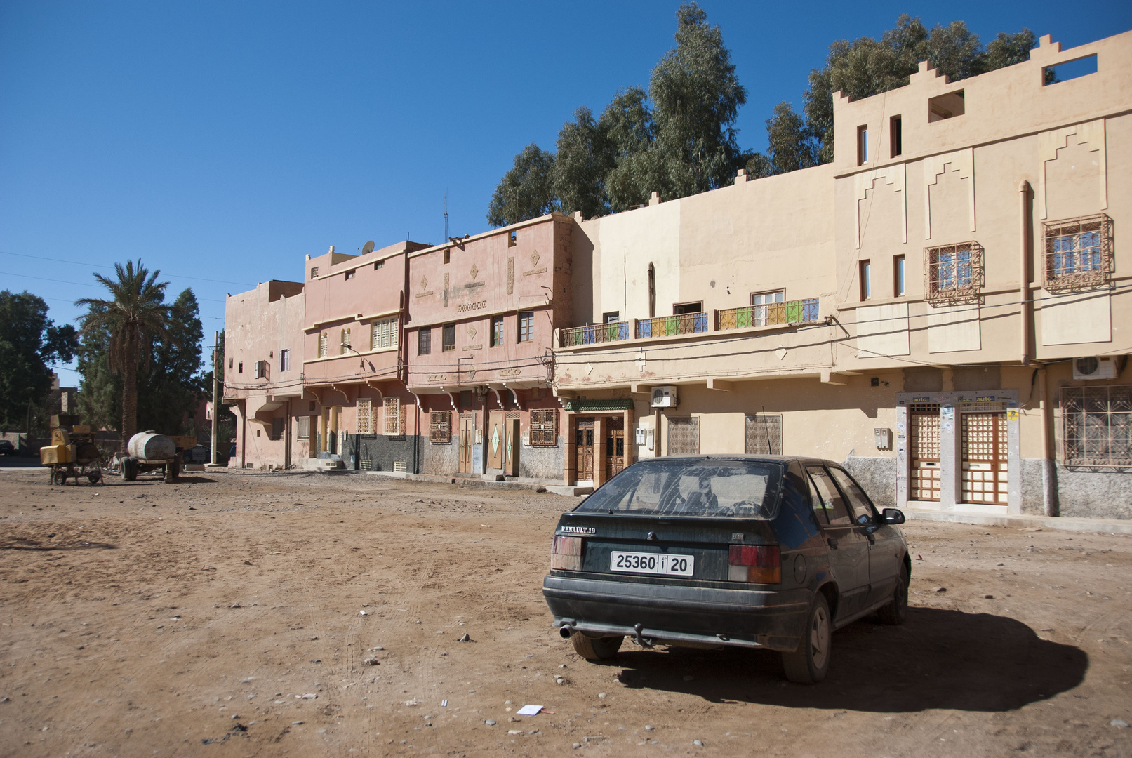Erfoud - Ordinary Moroccan Residential Area - 7