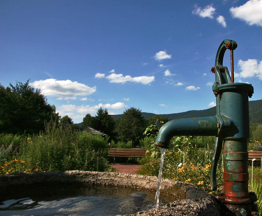 Erfrischungsspender - Brunnen im Kurpark von Inzell