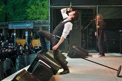 Eric Burton / Catastrophe Ballet (3)