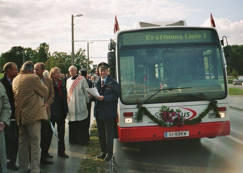 Eröffnungsbus
