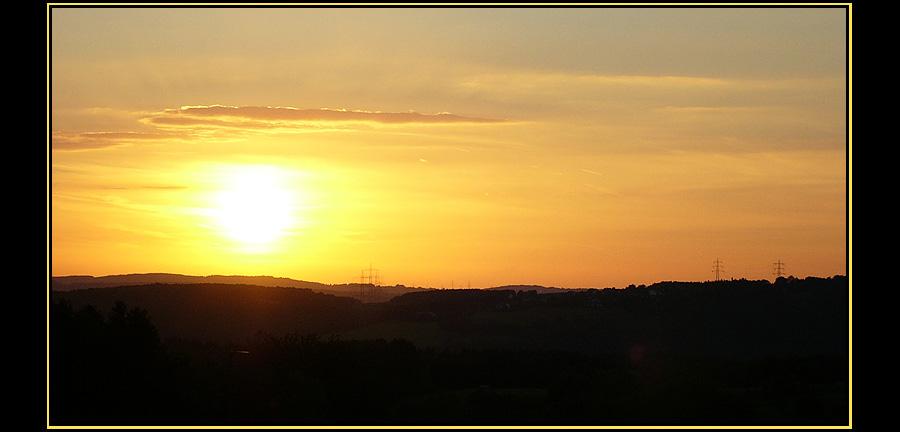 -erster digitaler Sonnenuntergang-
