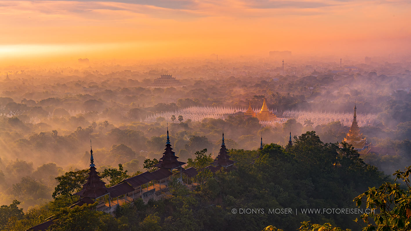 Erstes Licht über Mandalay