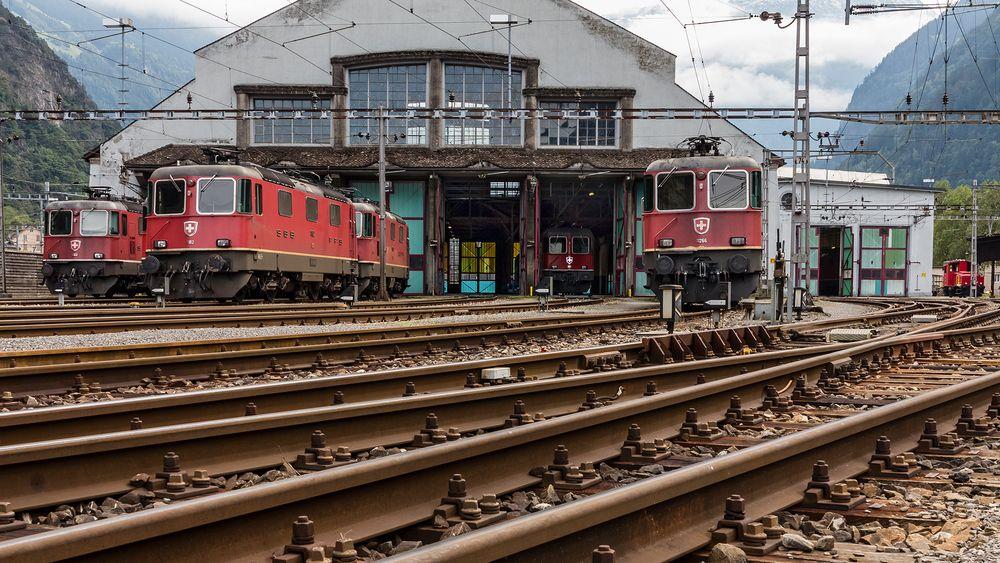 ERSTFELD - Eisenbahndepot der klassischen Gotthardbahn