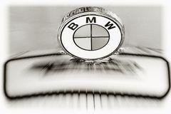 """...es geht aber auch so! Logo am BMW Dixi """"Oldtimer"""""""