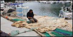 Es lohnt sich noch das Fischnetz  zu flicken !