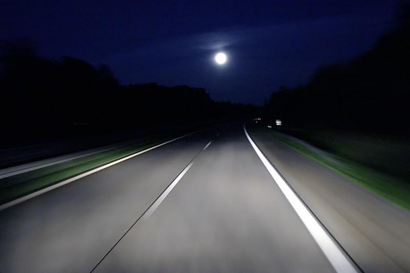 Es scheint der Mond so hell...