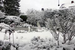 Es schneit - Garten um 14,30-Uhr