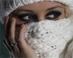 [...es sind die Augen, die Dich berühren...]