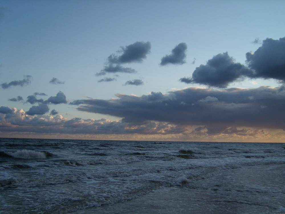 Es stürmt die See ans polnische Festland - Kolobrzeg [2007|08|28]