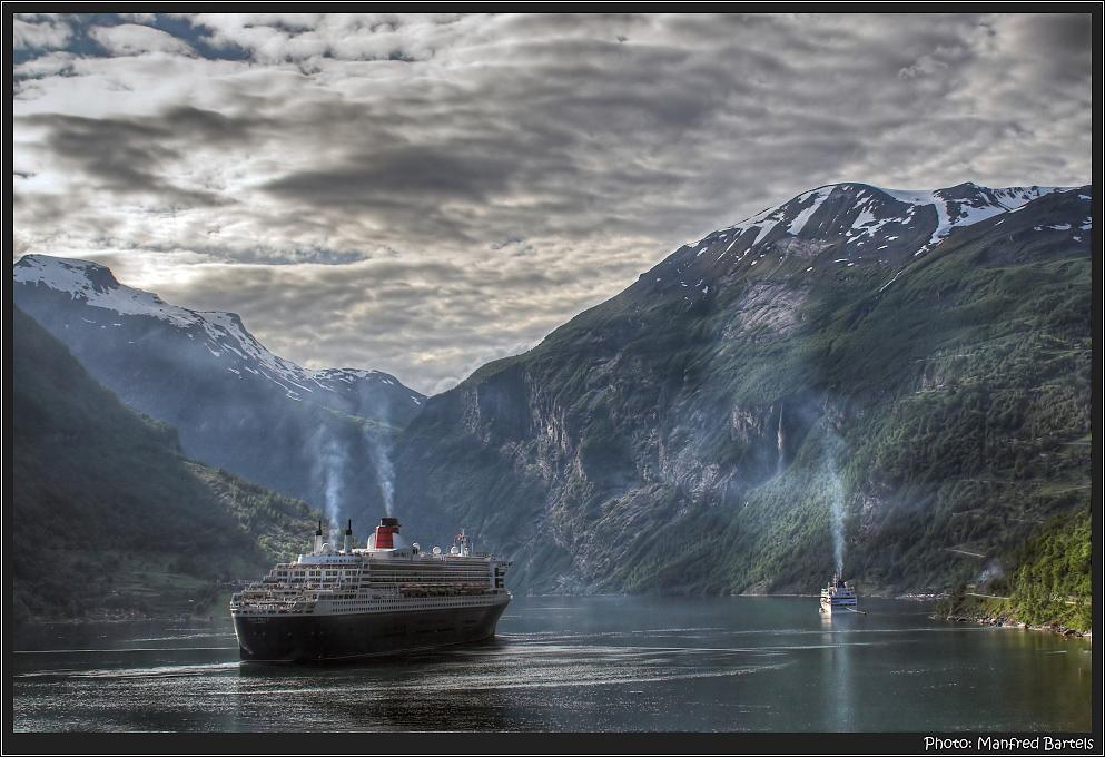 Es wird Abend im Fjord...