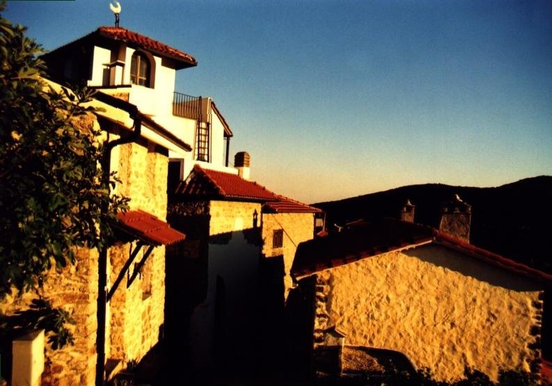 Es wird Abend in den ligurischen Bergen