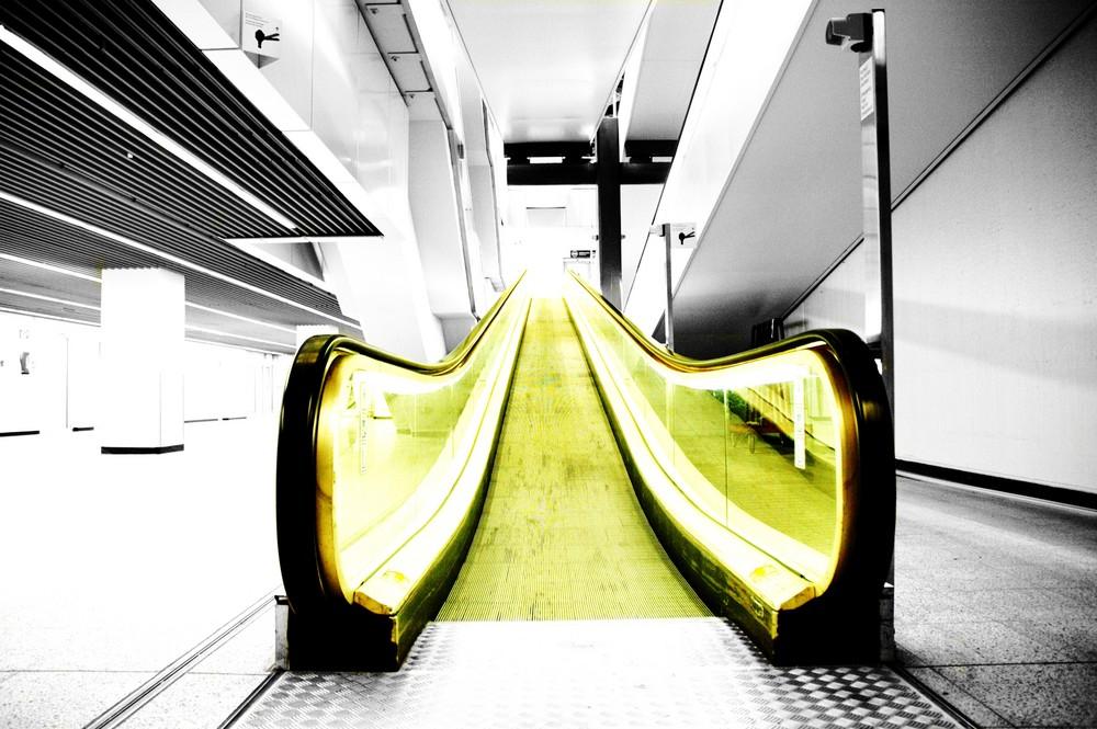 ... escalator to nowhere ...