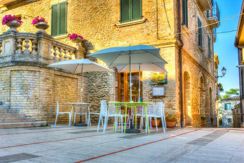 Esprì Vineria Osteria Cucina Naturale - Colonnella, Italy