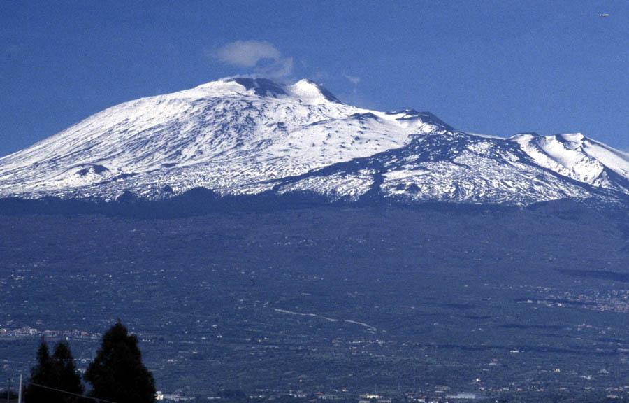Etna-Erhebung aus der Ebene