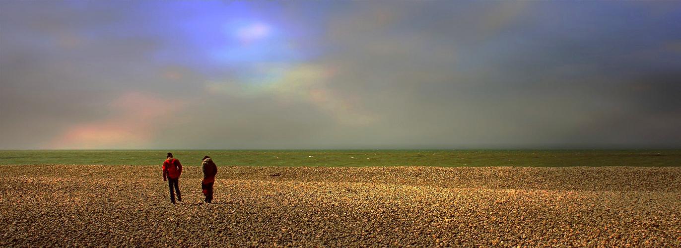 Etranges lumières d'avril sur les galets normands