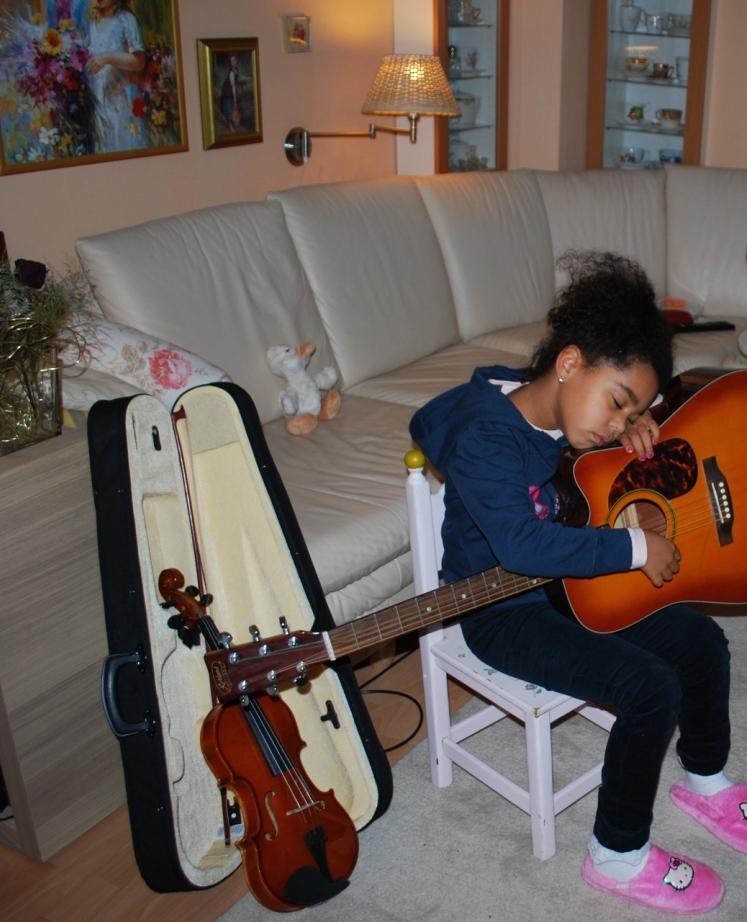 etwas erschöpfte Musikerin ;)