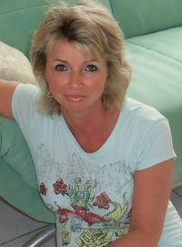 Eva Szilvia