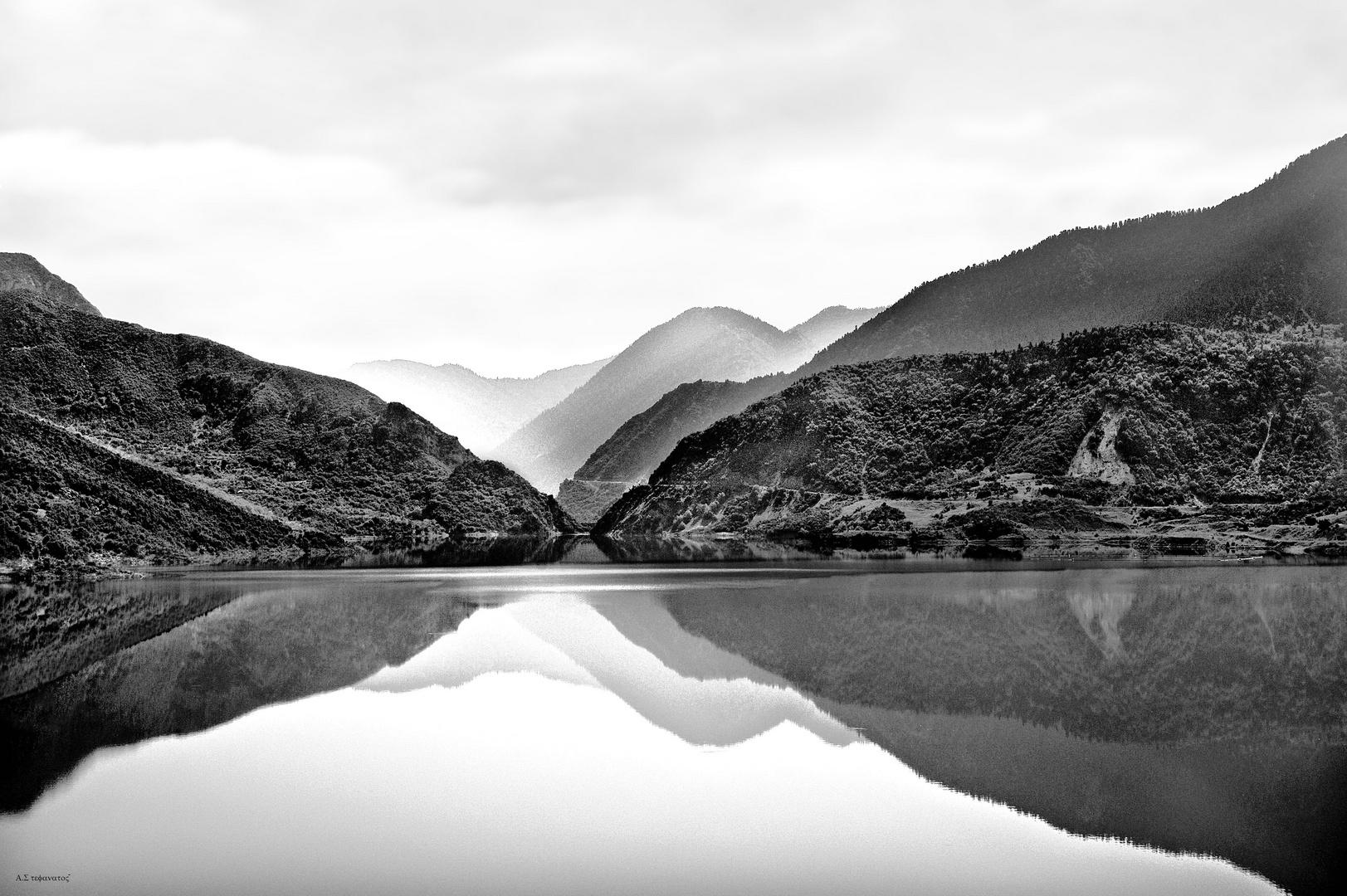 evinos lake