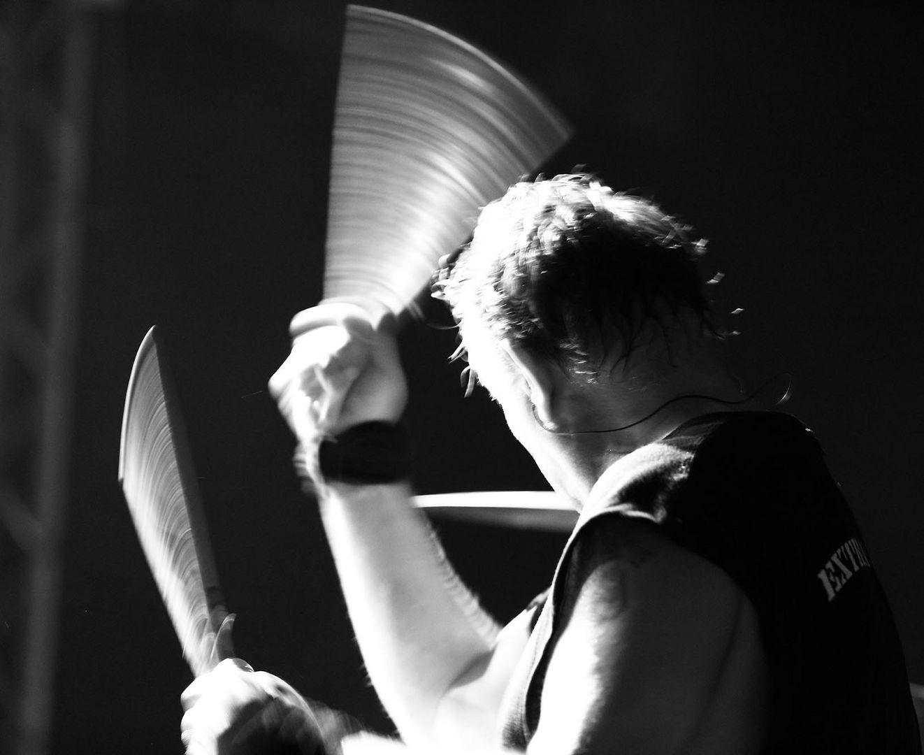 Extrabreiter Schlagzeuger :-)
