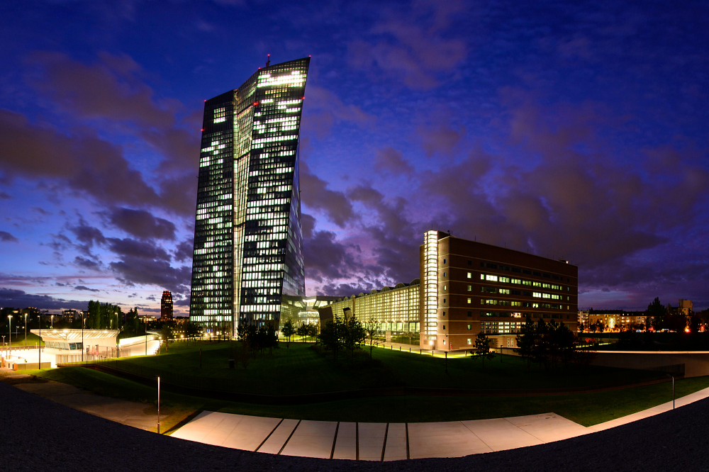 EZB am Abend