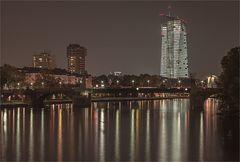 EZB by night